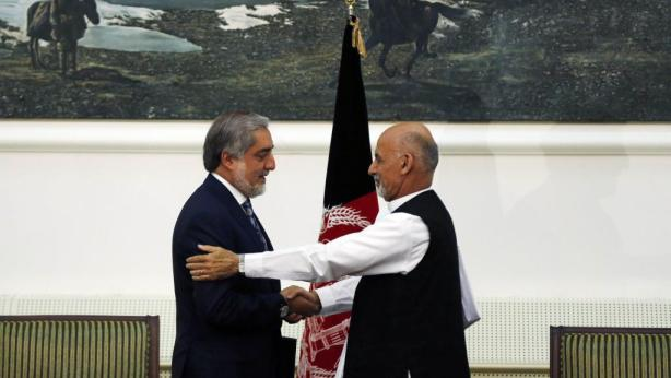 2014-09-21T091006Z_1519896008_GM1EA9L1BKZ01_RTRMADP_3_AFGHANISTAN-ELECTION-ACCORD_0
