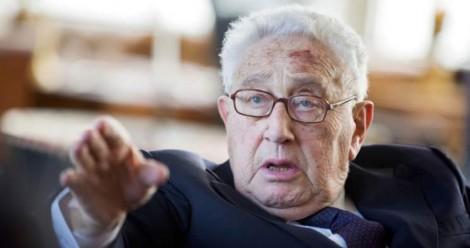 Kissinger-dessine-le-Nouvel-Ordre-Mondial-Kerry-appelle-à-la-coalition-globale
