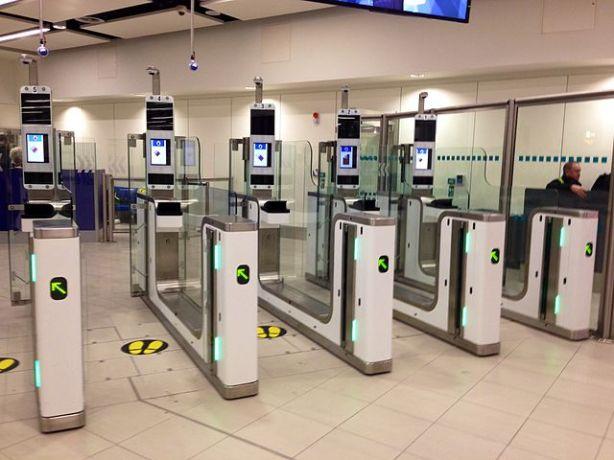 Point de contrôle biométrique au Royaume-Uni