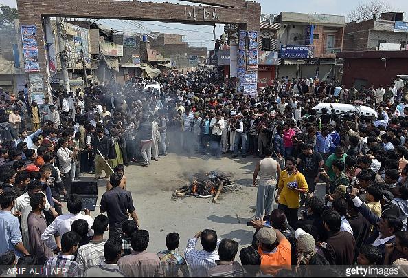 pakistan lahore atentado iglesias cristianas