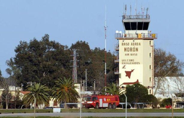 779668-vue-de-la-base-aerienne-militaire-de-moron-de-la-frontera-pres-de-seville-en-espagne-le-18-mars-2011